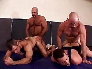 Bear Muscle Orgy man (gay) gay porn (gay) bear (gay)